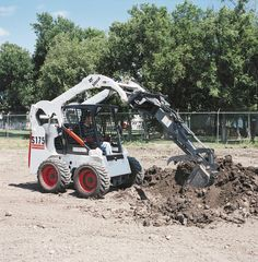 Bobcat's S175 skid steer digs in with the backhoe attachment. The S175 marks the beginning of Bobcat's vertical lift lineup.    Full specs:  http://www.specguideonline.com/product/bobcat-s175    #construction #equipment #skidsteers