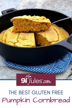 This light and fluffy gluten free pumpkin cornbread is the perfect easy bread for nearly any cool weather dinner! Two months out of the year focused on this yummy gourd isn't too much, when you think of how versatile it is in all kinds of recipes like this gluten free pumpkin cornbread! #glutenfree #pumpkin #cornbread #pumpkincornbread #pumpkincornbread #glutenfreecornbread Strawberry Swirl Cheesecake, Cheesecake Strawberries, Strawberry Sauce, Gluten Free Pumpkin, Pumpkin Recipes, Easy No Bake Desserts, Dessert Recipes, Gluten Free Sides Dishes, Trifle Pudding