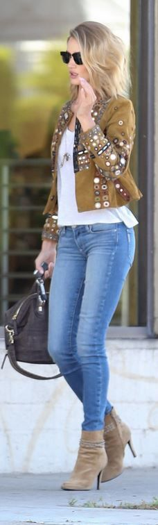 Who made  Rosie Huntington-Whiteley's black sunglasses, white tank top, gray handbag, and brown suede ankle boots?
