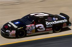 PICTURES OF #3 DALE EARHARDT CARS   dale-earnhardt-3-cars ...Dale Earnhardt Bloody Car