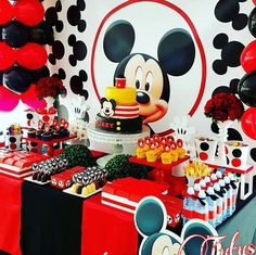 Mickey Mouse birthday party is all time hit with kids. Kids and adults love Mickey and so nothing comes as a surprise. Baby Mickey, Mickey Mouse Party Decorations, Theme Mickey, Mickey 1st Birthdays, Fiesta Mickey Mouse, Mickey Mouse Baby Shower, Mickey Mouse Clubhouse Birthday Party, Mickey Mouse Parties, Mickey Birthday