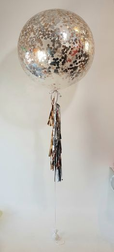 Beautiful rose gold and silver confetti balloon with matching tassels Clear Balloons, Confetti Balloons, Glitz And Glam, Beautiful Roses, Tassels, Christmas Bulbs, Rose Gold, Holiday Decor, Silver