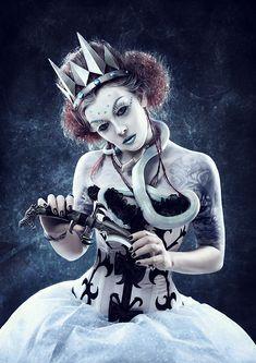 http://www.darkbeautymag.com/wp-content/gallery/andrey-popov-ice-queen/Queen1.jpg