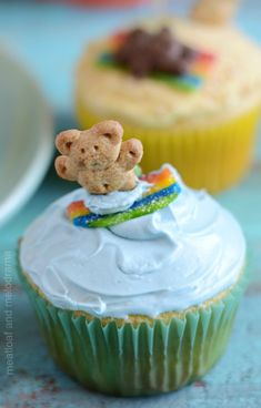 summer beach party cupcakes with surfing teddy beach Summer Beach Party Cupcakes - Meatloaf and Melodrama Beach Cupcakes, Kid Cupcakes, Cupcake Party, Summer Themed Cupcakes, Birthday Cupcakes, Teddy Graham Cupcakes, Hawaiian Cupcakes, Teddy Bear Cupcakes, Cupcake Decorating Party