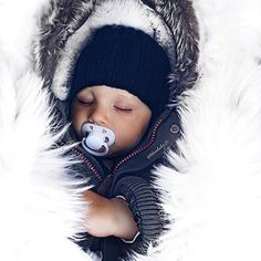 Cutie 💙 @theahelen21 ⠀⠀⠀⠀⠀⠀⠀⠀⠀⠀⠀⠀⠀ ⠀⠀⠀⠀ ⠀⠀⠀⠀⠀ ⠀⠀⠀⠀⠀⠀ ◌ ◌ ◌ ◌ ◌ ◌ ◌ #kidsofinstagram #cute #cutie #smile #baby #infant #beautiful #babiesofinstagram #beautifulbaby #instagram_kids #igbaby #cutebaby #babystyle #babyfashion #igbabies #kidsfashion #cutekidsclub #ig_kids #babies #child#babymodel #children #instakids #fashionkids #repost#love#babyboy #kidsfashionforall