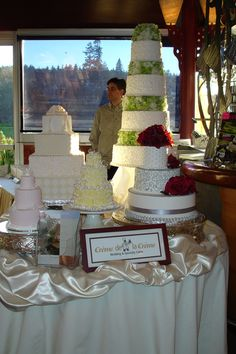 Wedding cakes on wedding cakes on wedding cakes! That's a good idea for a huge wedding!