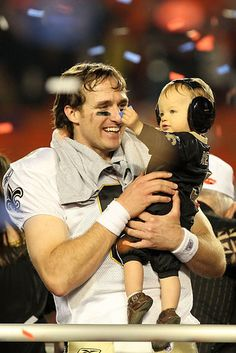 When Drew Brees celebrated winning the Super Bowl on the field with his son. | 26 Things That Will Make Your Brovaries Explode