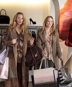 Serena van der Woodsen and Charlie Rhodes/Ivy Dickens shopping till they drop.......