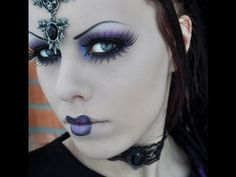 Gothic doll makeup look tutorial by Delyria Creepy Doll Makeup, Demon Makeup, Scary Dolls, Halloween Make Up, Halloween Face Makeup, Porcelain Dolls Value, Makeup Looks Tutorial, Gothic Makeup, Gothic Dolls