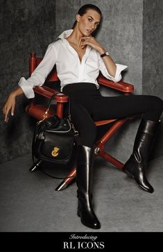Introducing the RL Icons from Ralph Lauren: a curated collection of women's looks that embody modern luxury and timeless sophistication for the muse who is confident, contemporary and chi Equestrian Chic, Equestrian Outfits, Ralph Lauren Style, Ralph Lauren Collection, Ralph Lauren Fashion, Ralph Lauren Looks, Mode Outfits, Fashion Outfits, Womens Fashion
