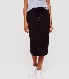 Lou & Grey Signaturesoft Jogger Skirt color Black