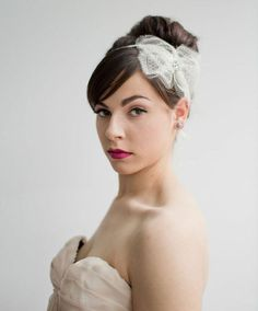 Elina Antique French Chantilly Silk Lace Bow Hairpiece