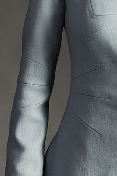 Innovative Pattern Cutting - coat design with radiating seams; sewing idea; close up fashion detail // Knapp AW14