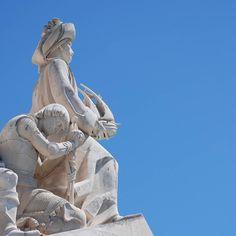Padrão dos Descobrimentos  Belém - Estátuas do Infante Dom Henrique e de D. Fernando (o Infante Santo). #padraodosdescobrimentos #monument #discoveries #caravel #henrythenavigator #worldmastershotz #fantastic_world_shots #awesome_earthpix #awesome_earthpics #belem #belém #lisboa #lisbon #lisbonne #lissabon #amar_lisboa #instalike #instalisboa #instalisbon #instatravel #instacool #instagood #travelgram #wonderfulplaces #beautifuldestinations #visitlisboa #visitlisbon #visitportugal #portugal…