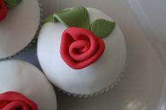 Cup cakes de Natal   Flickr – Compartilhamento de fotos!