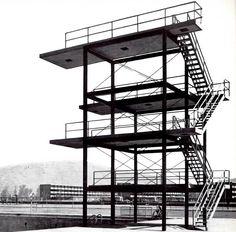 Plataforma de Clavados, InstitutoPolitécnicoNacional 1962 Zacatenco. México, D.F. Arq: Reinaldo Pérez Rayón