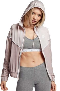 6f6d6be28c032 Nike Women's Sportswear Windrunner Jacket, Size: XL, Particle Rose/Barely  Rose