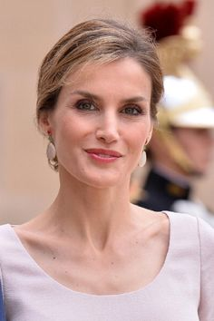 Queen Letizia of Spain leave the Elysee palace after their meeting French President Francois Hollande (not seen) on 22.07.2014 in Paris, France.