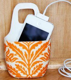 Suporte para carregador de celular - Vale o Clique!