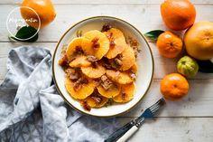 Opiskelukaverini ehkä muistavatkin tämän. Meillä on tehty tätä marokkolaista appelsiini-taatelisalaattia siitä asti, kun yliopistolla yhteen kurssiin liittyen olin seuraamassa havaintoesitys… Cantaloupe, Fruit, Blog, Recipes, Recipies, Blogging, Ripped Recipes, Cooking Recipes