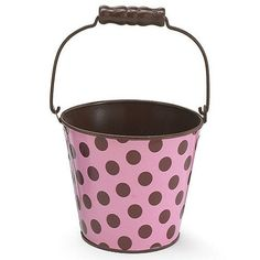 Desription Adorable pail with brown polka dots and pink background. Ideal as a favor gift or as a centerpiece. Mix and match with our wide variety of pink and brown products such as our favor boxes, cupcake wrapper, cupcake boxes, candy wrapping foil and lanterns. #partysupplies