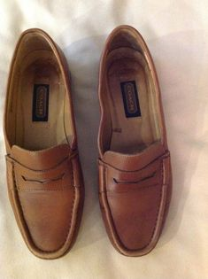 COACH Women s Slip On Loafer Shoes British Tan Size 8 1 2 AA  fashion 470f8eb40