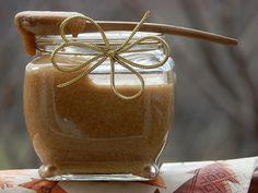 Мед и сусам за здравје