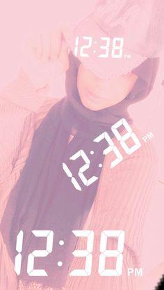 #girl #dp Girl Photo Poses, Girl Photos, Stylish Hijab, Street Hijab Fashion, Hijabi Girl, Girls Selfies, Beautiful Hijab, Arab Swag, Street Styles