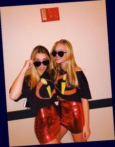 Easy College Halloween Costumes, Best Friend Halloween Costumes, Trendy Halloween, Easy Costumes, Halloween Ideas, College Costumes, Halloween Party, Halloween Costumes Bestfriends, Halloween Couples