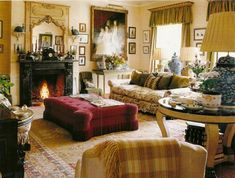 Wales, George Spencer sofas covered with Jean Monro chintz