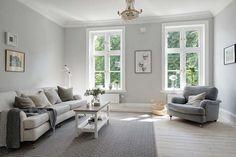 Koti Ruotsissa - A Home in Sweden Tässä myytävänä olevassa kodissa on kaunis ja rauhallinen värimaailma ja sisustus. Makuuhuone on varmas...
