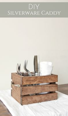 DIY Silverware Caddy | make your own silverware caddy with this easy tutorial from Bitterroot DIY! And just in time for grilling season! #scrapwoodproject #scrapwoodideas #scrapwood #woodworking #grillingsseason