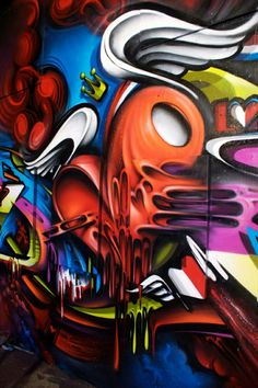 This graffiti is so awesome. It looks like it has so much meaning with the heart with wings and a crown. Graffiti Piece, Graffiti Wall Art, Murals Street Art, Graffiti Lettering, Street Art Graffiti, Wildstyle, Amazing Street Art, Wow Art, Street Artists