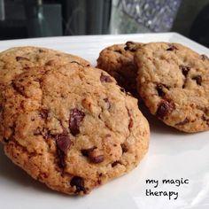 He probado hacer muchas recetas de cookies pero ninguna me gusta tanto como esta. Creo que es la que más se parece a las auténtica... Chips Ahoy, Cookies Receta, Chocolate Chip Cookies, Chocolate Chips, Therapy, Magic, Desserts, Cupcakes, Food