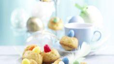 Besonders toll für Kinder: Süße Osterblüten | http://eatsmarter.de/rezepte/suesse-osterblueten