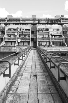 Brutal buildings from Camden's golden age of architecture are documented in stunning black and white by photographer Simon Phipps – and handily mapped out in his new book. Architecture Sketchbook, London Architecture, Modern Architecture House, Architecture Portfolio, Sustainable Architecture, Minimalist Architecture, Architecture Design, Minecraft Architecture, Architecture Graphics