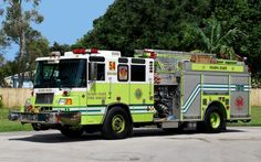 Miami-Dade Fire Rescue Engine-54 2004 Pierce Quantum 1500/750/20F.
