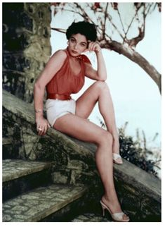 'Joan Collins is right. Any woman who wants to stay beautiful . needs to diet every day of her life' Dame Joan Collins, Jackie Collins, Merle Oberon, Shirley Jones, Veronica Lake, Linda Evans, Star Wars, Look Vintage, Stars