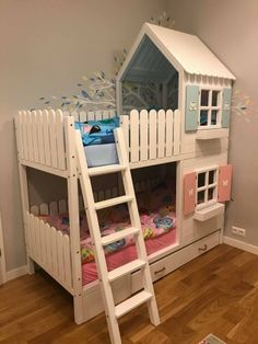 This approach seems to be so great bunk beds for teens Kids Bed Design, Kids Bedroom Designs, Toddler Bunk Beds, Kid Beds, Girl Room, Girls Bedroom, Bedrooms, Kura Ikea, Bunk Bed Rooms