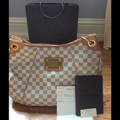 Louis Vuitton Galliera pm Azur handbag Great overall condition. Minor signs of wear. One pen mark inside. Strap, corners are all in good condition. Comes with original receipt. Louis Vuitton Bags Hobos