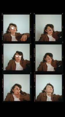 """finnwolfhvard: """"finn wolfhard for paper magazine """" Self Photography, Photography Editing, Portrait Photography, Photo Editing, Polaroid Picture Frame, Polaroid Pictures, Film Polaroid, Instagram Frame Template, Polaroid Template"""