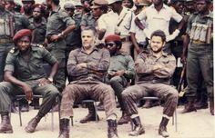 Cuban pilots captured by the Frente Nacional da Libertacao da Angola Defence Force, History Teachers, Strange History, Ted Bundy, Interesting History, African History, Special Forces, Cuban, Historical Photos