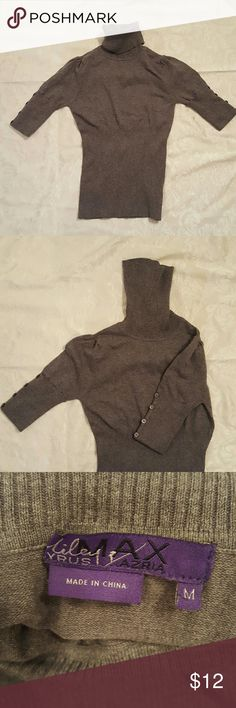 top M ladies grey great condition  size M  80 percent cotton 20 percent nylon  grey never worn hand wash cold four button cuff sleeve design  length 21 inches sleeve length 12 inches Miley Cyrus  Sweaters Cowl & Turtlenecks