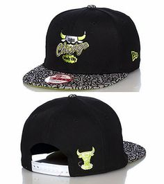 Here is New Era 9FIFTY Chicago Bulls Snapback in the Black /Cement Grey-Venom Green-White colorway. The snapback features an adjustable strap on back, textured elephant print brim, embroidered Chicago Bulls logo and is made of 100% polyester. You can purchase this snapback online or instore at Jimmy Jazz.  New Era 9FIFTY Chicago Bulls Snapback  Color: Black /Elephant Print-Venom Green-White  Item#: 11104753  Price: $27.99