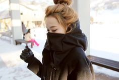 Image via We Heart It https://weheartit.com/entry/46368124 #accessory #asian #building #clothing #cold #crowds #fashion #female #girl #gloves #hair #jacket #jewellery #kfashion #korean #mask #masked #model #outside #people #photography #pretty #snow #street #style #ulzzang #woman #kstyle #koreanfashion