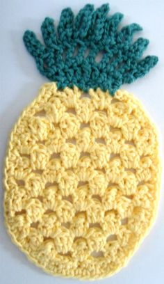 Mom made this dish cloth for me...I don't want to use it and ruin the pineapple! ;) Friendship Pineapple potholder  ~ free pattern