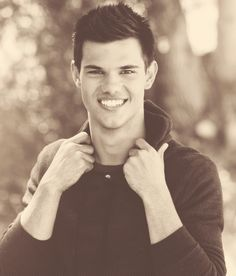 Taylor Lautner. This guy right here had been my celebrity crush since he was Shark Boy and Eliot Murtaugh!