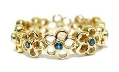 Afbeeldingsresultaat voor Pandora gold flower ring