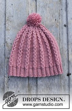 Ravelry: a Lille Lisa Hat pattern by DROPS design Easy Knit Hat, Knitted Hats Kids, Crochet Beanie, Easy Knitting, Knit Crochet, Crochet Hats, Finger Knitting, Cozy Knit, Knitting Tutorials