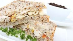Oatmeal bread is on the rise. This is undoubtedly the result of our search for healthy food.These healthy recipes fit in each other healthy diet. Best Cooking Oil, Lean Cuisine, Oatmeal Bread, Healthy Snacks, Healthy Recipes, Sandwiches, Grain Foods, Fodmap Recipes, Low Carb Bread